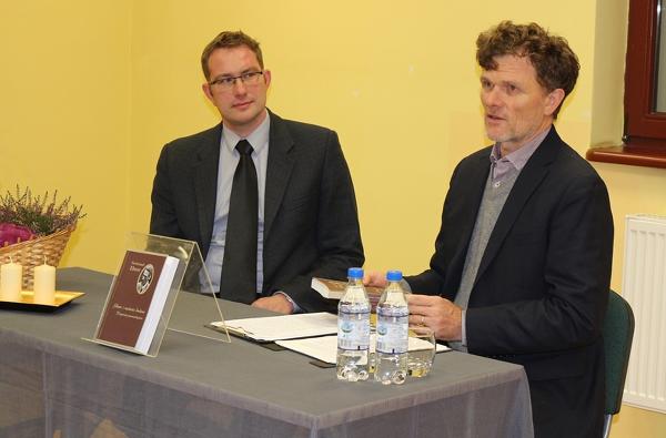 Dr. Krzysztof Skorulski bei der Präsentation der polnischen Neuausgabe der Fragmente